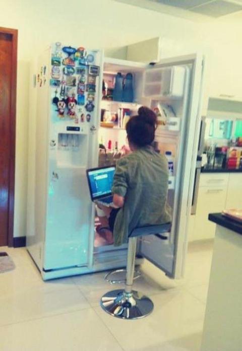 Thói quen làm tủ lạnh nhật nhà bạn tiêu tốn nhiều điện hơn